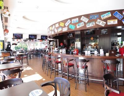 Sports Lounge & Bar